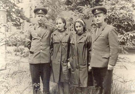 Гера, 1967 г. Черипко Борис Николаевич и Хацаревич С.Я. с дочерьми.
