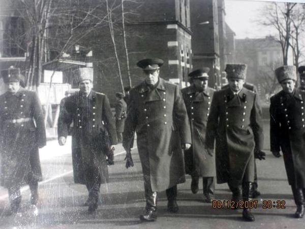 17 января 1982 года приезд главкома ГСВГ генерала армии Зайцева М.М. для вручения бригаде вымпела МО СССР «За мужество и воинскую доблесть» (50-летие части).