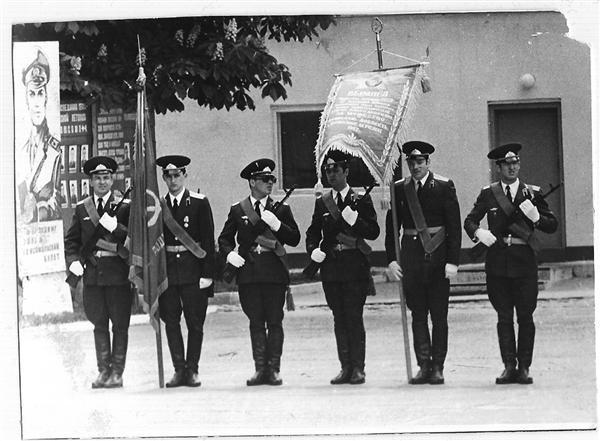 Слева направо: офицеры Оленев Александр, Мишин Иван,  Казанский Александр,  Антошкин Игорь, Дробит Валерий, Медовников Александр.